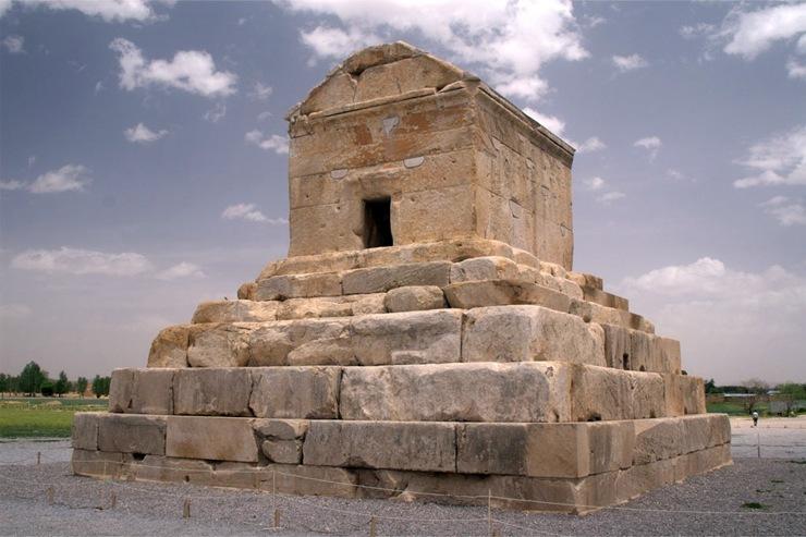 10 самых известных мавзолеев в мире