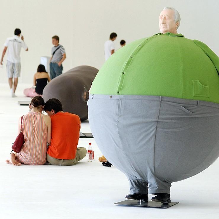 прикольные картинки людей надувающих шарики