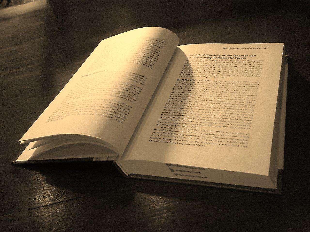 ТОП 10 Детективных книг которые стоит прочитать