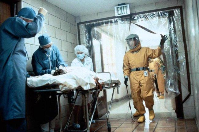 ТОП 10 Лучших фильмов про вирусы и заражения