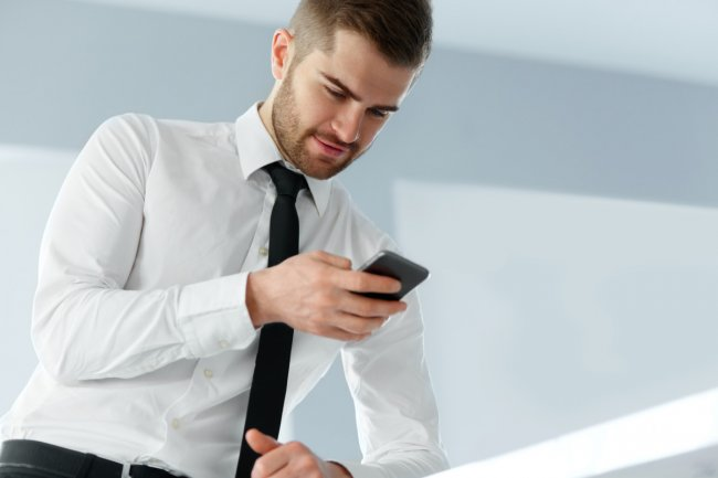 ТОП 10 Лучшие кнопочные сотовые телефоны на 2021 год