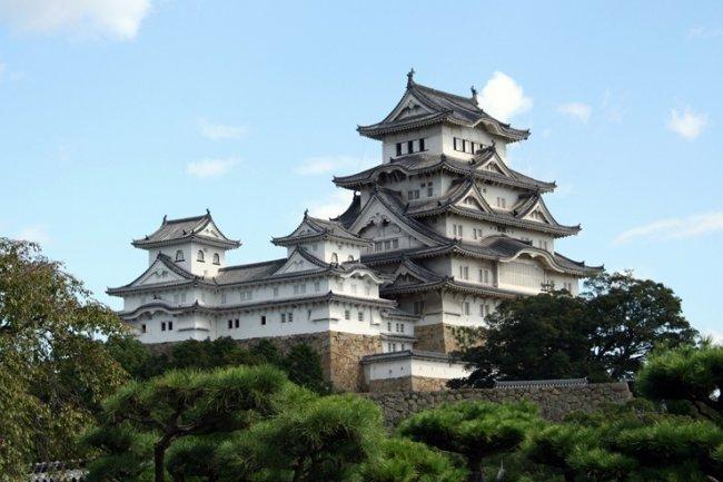 ТОП 10 Крупнейших замков мира