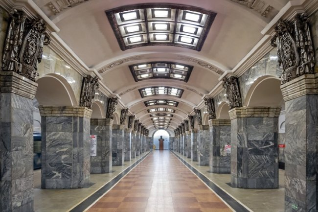 ТОП 10 Самых красивых станций метро в мире