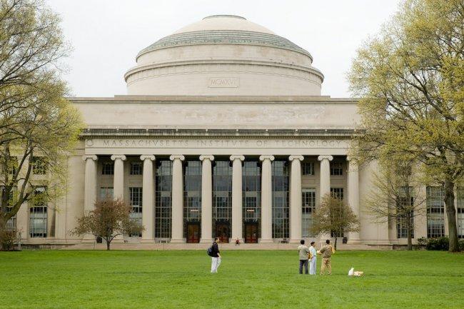 ТОП 10 Самые лучшие университеты мира 2021 года