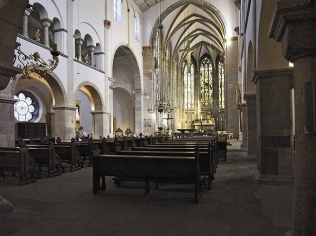 Рейтинг самых необычных церквей мира