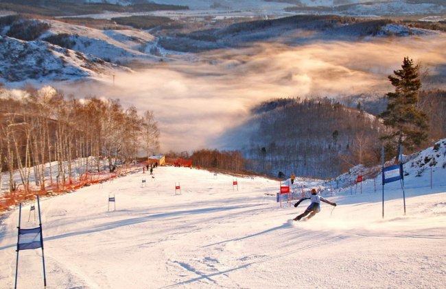 ТОП 10 Лучшие горнолыжные курорты России
