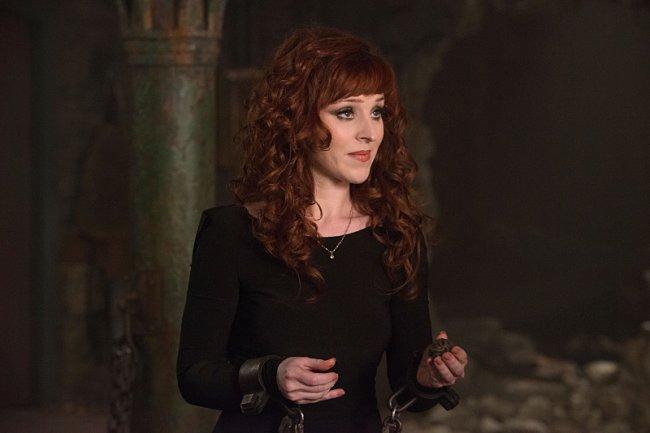 10 лучших ведьм, волшебниц и колдуний из сериалов