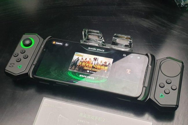 Состоялся официальный анонс игрового смартфона Black Shark 2