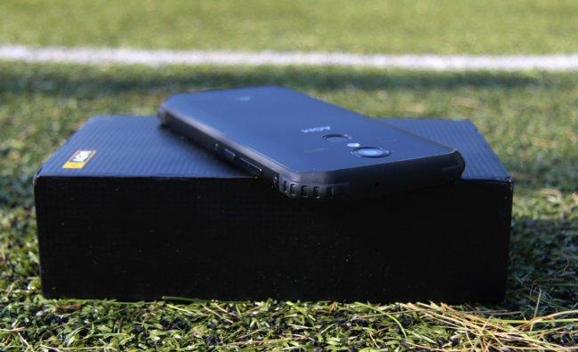 Лучшие смартфоны AGM
